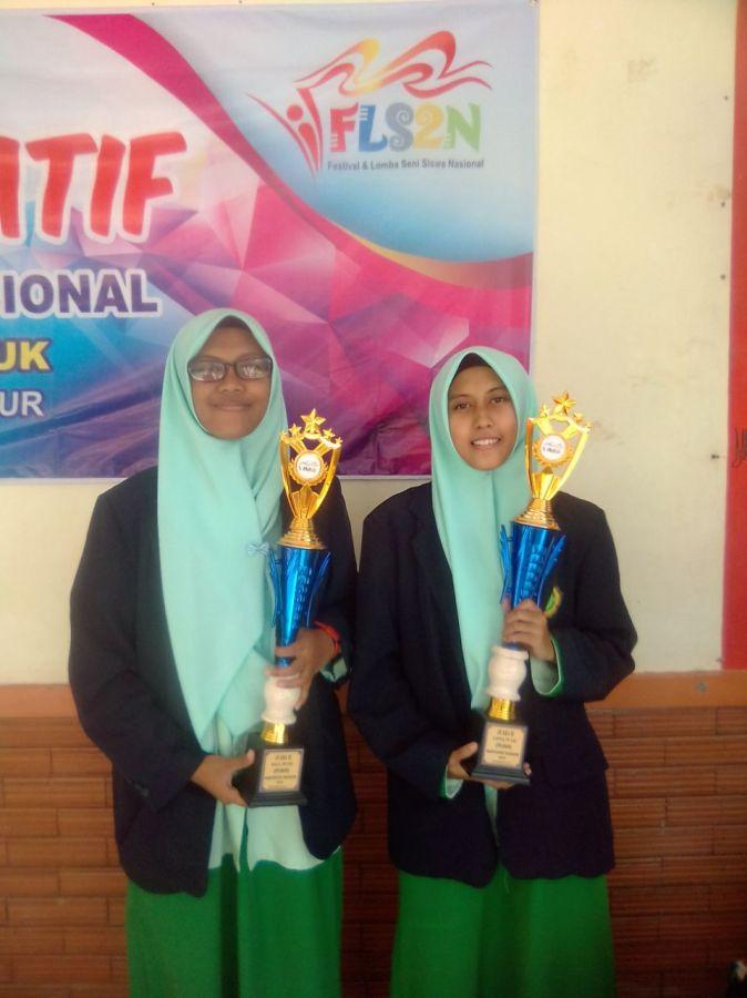 Juara 2 Lomba Baca & Cipta Puisi di FLS2N Tingkat SMA Se Kab. Nganjuk Th. 2018