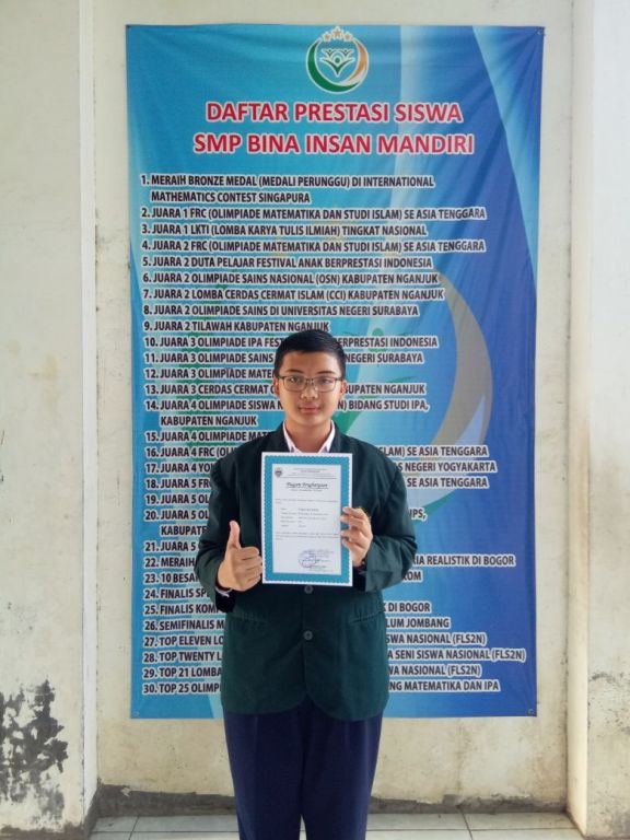 Juara 4 Olimpiade Sains (OSN) Mapel IPS Tingkat Kab. Nganjuk Th.2018 oleh Ananda Faqih Nur Khoir Kelas 8 SMP BIna Insan Mandiri