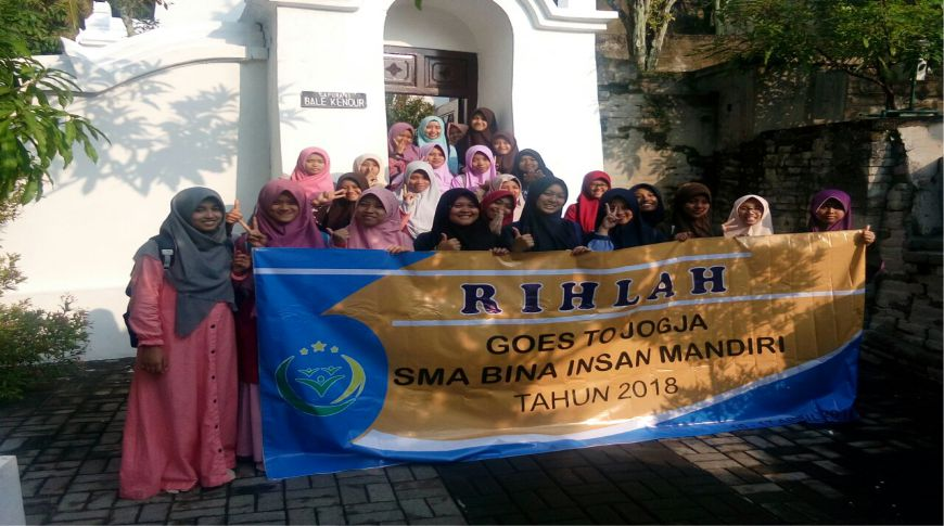 Rihlah SMA Bina Insan Mandiri ke Yogyakarta